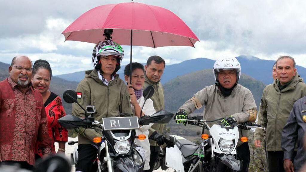 Ngetrail di Trans Papua, Jokowi: Bayangkan Susahnya Membangun