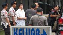 Sys NS dan Roy Marten Tak Bisa Jenguk Ahok di Mako Brimob