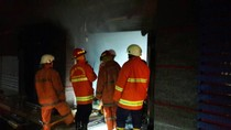 Kebakaran di Samping Polres Jaksel Dipicu Korsleting Listrik di Kasir