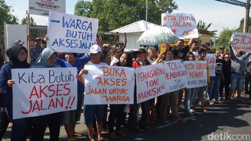 Terkurung Pagar, Warga di Kota Yogyakarta Demo Tolak Apartemen