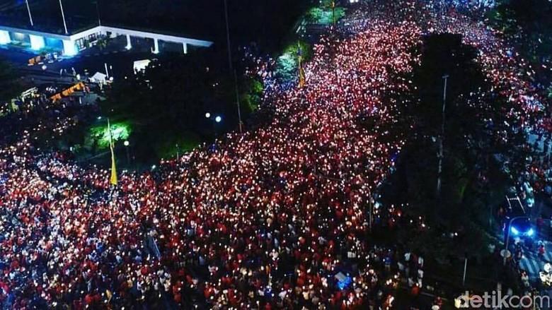 Begini Penampakan Aksi 1.000 Lilin untuk Ahok di Surabaya