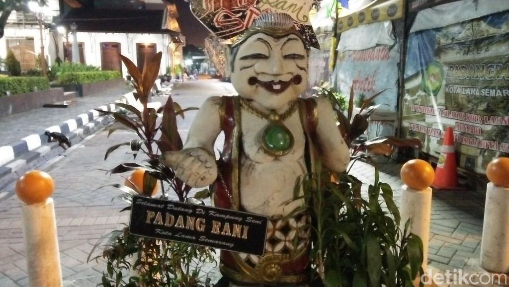 Yang Unik dan Antik di Kota Lama Semarang