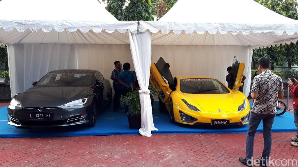 Luhut Dorong BPPT Ciptakan Mobil Listrik Made in Indonesia