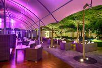 Di Iindigo Lounge Bisa Nikmati <i>Cocktail</i> dan Tuna Sambal Matah