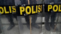 Benda Isi Material Bom Ditemukan di Gerbang Kantor Bupati Sumbawa