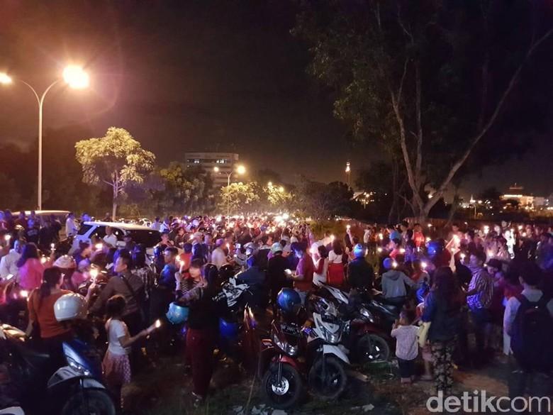 Polisi Bubarkan Aksi Dukung Ahok di Alun-alun Kota Batam