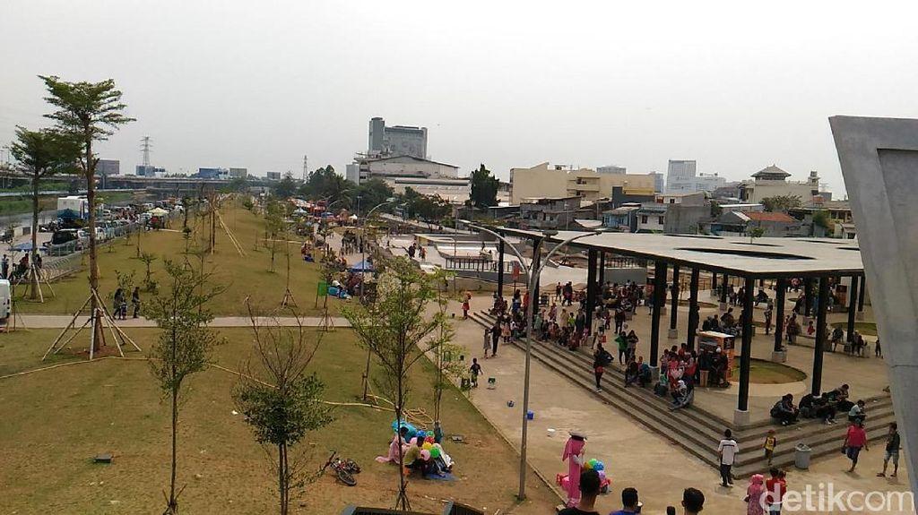 RPTRA Kalijodo untuk Perayaan HUT DKI, Warga: Rumput Jangan Diinjak