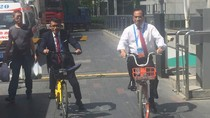 Menhub Harap Sistem Bike Sharing di China Bisa Ada di Kampus RI