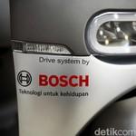 Viar Pasang Teknologi Ciamik di Motor Listriknya