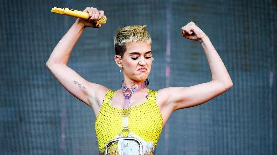Warna-warni Katy Perry di Wango Tango
