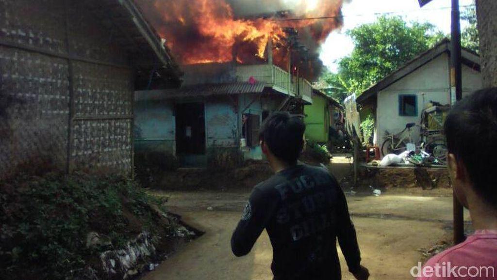 7 Rumah di Rancaekek Bandung Ludes Terbakar
