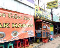 BCA Pak Hasan: Sedap! Yamien Berpadu dengan Bakso Ceker Ayam Berkuah Hangat