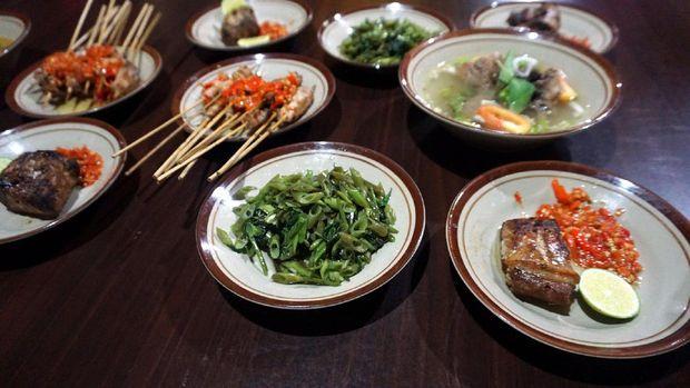 Aneka hidangan serba tuna di Rumah Makan Pidis (Wahyu/detikTravel)