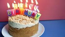 Kasihan, Keluarga Ini Diusir dari Pesawat karena Bawa kue Ulang Tahun