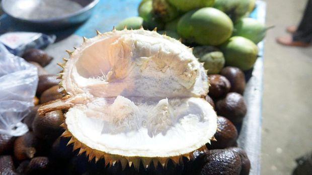 Meski kecil, duriannya enak lho! (Wahyu/detikTravel)