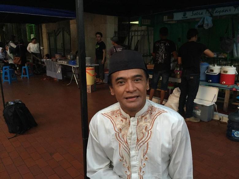 Donny Damara Jatuh Hati pada Perannya dalam Guru Ngaji & Badut Maksimal