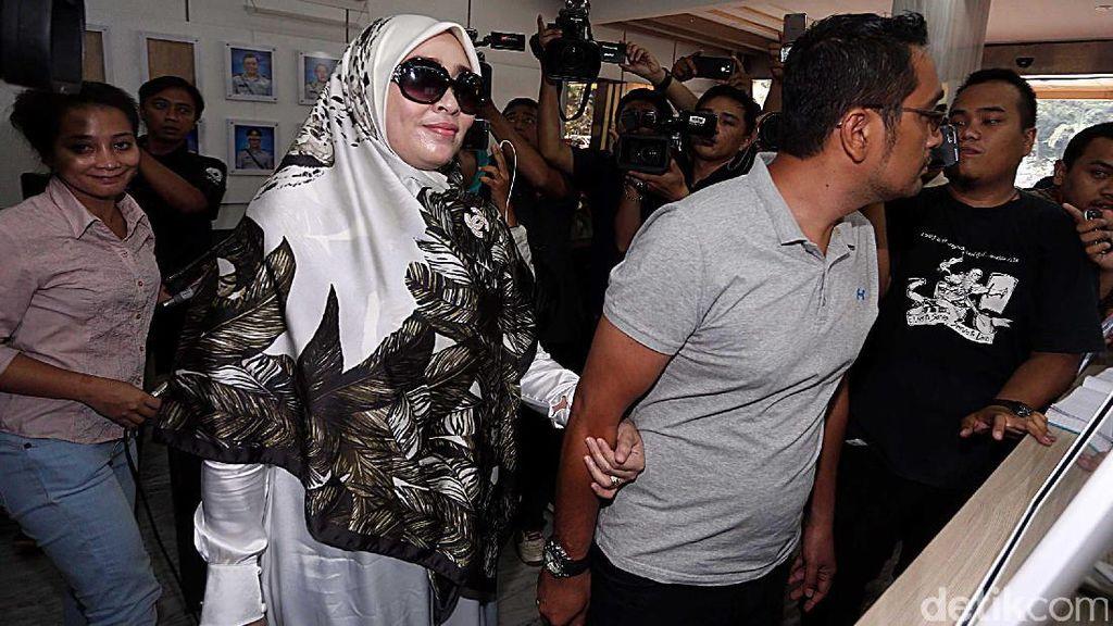 Berkas Firza Husein Dilimpahkan ke Kejati DKI