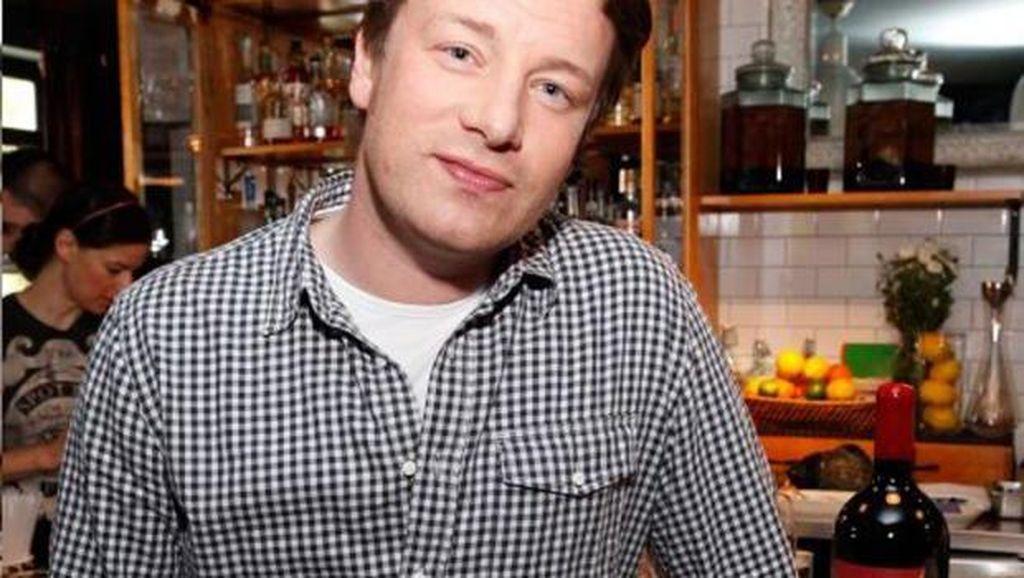 Agar Tak Buang-buang Makanan, Ikuti Tips Masak dari Jamie Oliver (1)