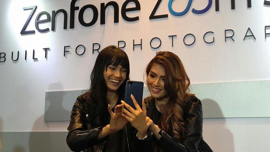 Zenfone Zoom S Pamer Kamera Ganda, Harganya Rp 6 Juta