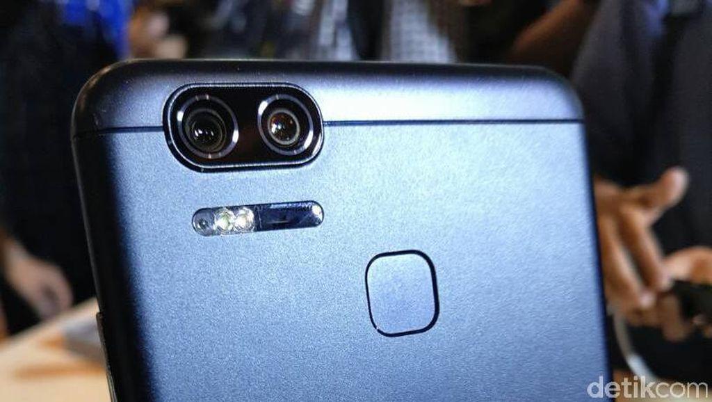 Zenfone Zoom S Coba Memikat dengan Kamera Ganda