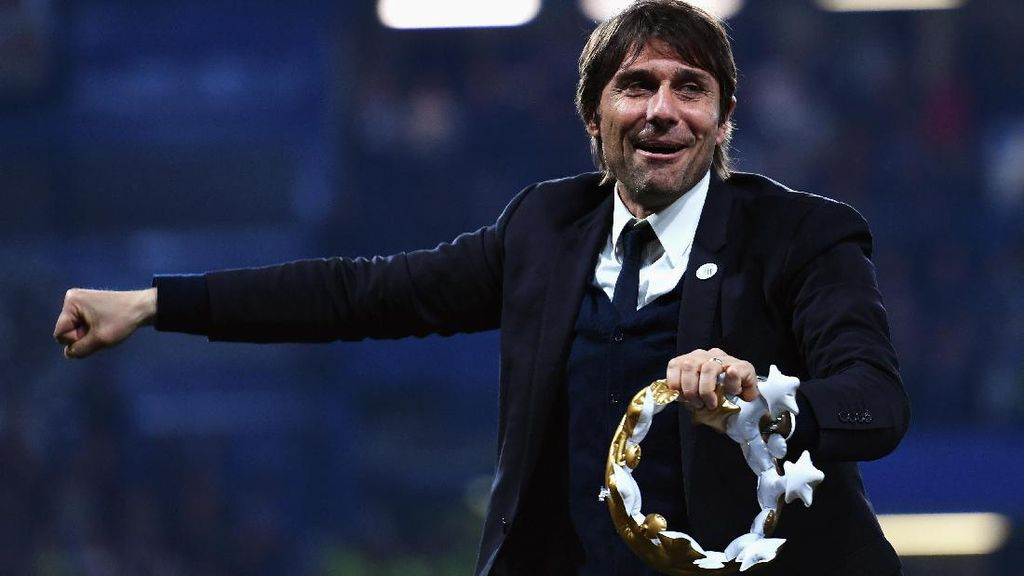 Gelak Tawa Conte Saat Ditanya soal Keluhan-keluhan Diego Costa
