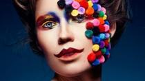 Wajah Berhias Pom Pom Jadi Tren Makeup Baru di Instagram