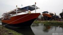 Melihat Produksi Kapal Nelayan Indramayu Rp 3 M