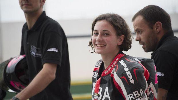 Mantan pebalap Moto3 Ana Carrasco di MotoGP Argentina 2015.
