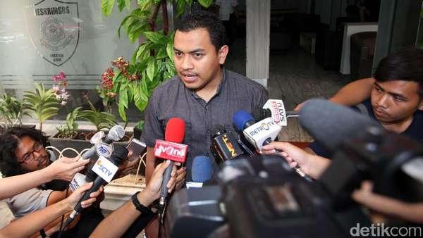 Selama Pemeriksaan, Firza Husein Dicecar 35 Pertanyaan