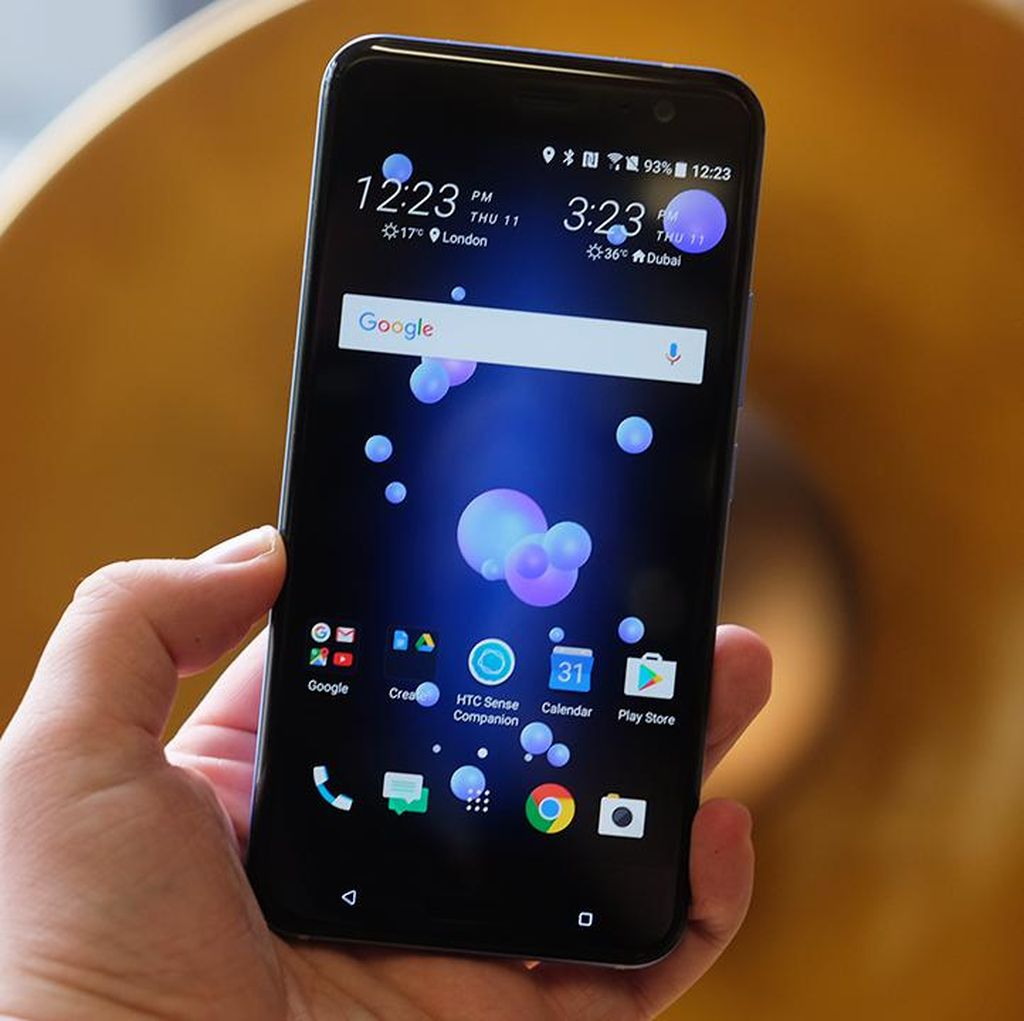 HTC Mau Luncurkan Ponsel Tanpa Bezel?