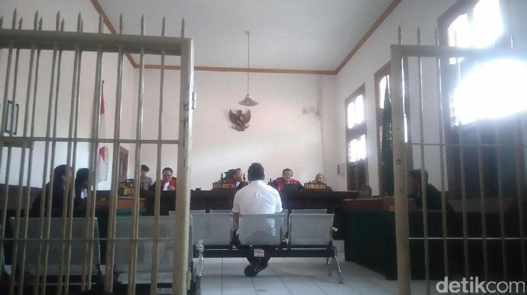 Peras Tahanan, Eks Kanitreskrim Bandung Kidul Divonis 5 Tahun Bui