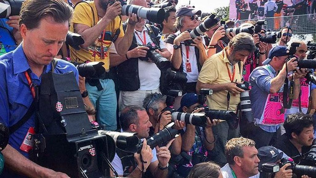 Memotret Balapan F1 dari Kamera Berusia 104 Tahun