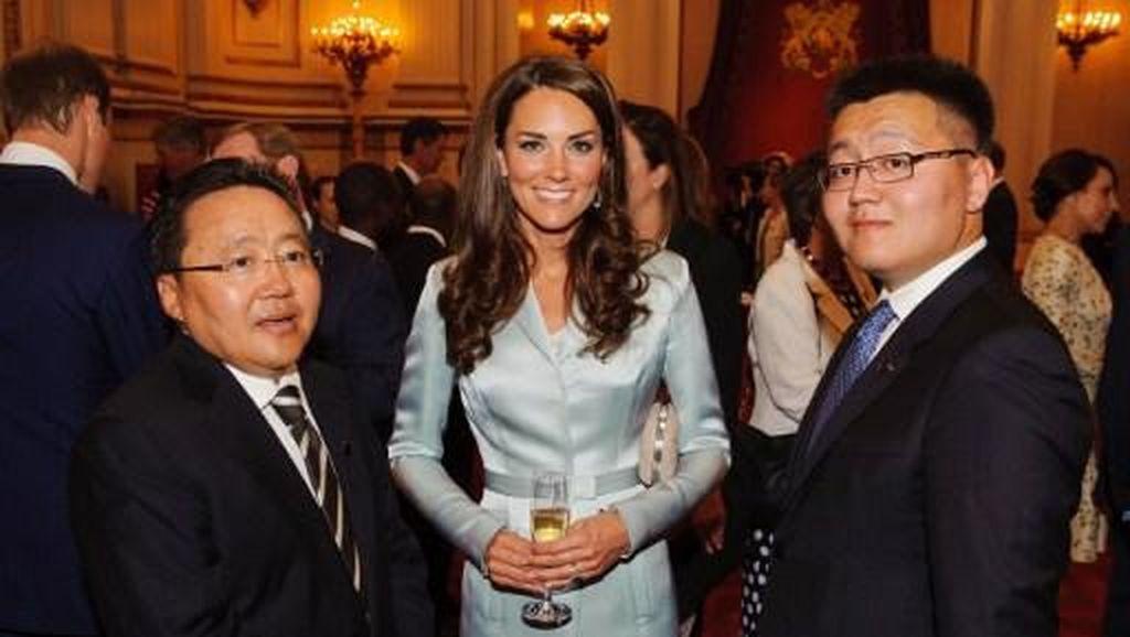 Selama 5 Tahun, Kate Middleton Pakai Dress Biru Ini Berulang Kali