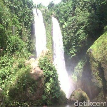 Air terjun ini terletak di Desa Penton, Aceh Utara (Haris/detikTravel)