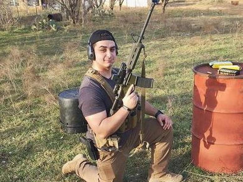 Putra Andy /rif Jadi Sniper di AS, Netizen Cewek Banyak Kena Tembak
