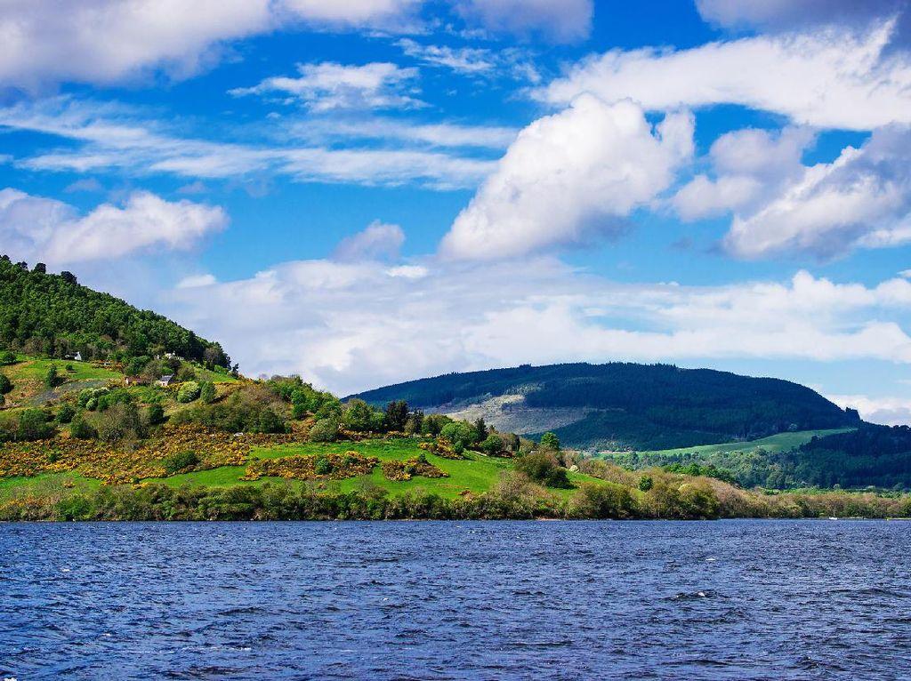 Misteri Loch Ness, Danau Dihuni Monster di Skotlandia