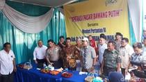 Pemerintah Operasi Pasar Bawang Putih di Pasar Induk Osowilangun