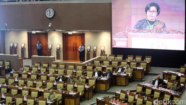 Sri Mulyani Serahkan RAPBN 2018 ke DPR, Ekonomi Ditarget Tumbuh 6,1%