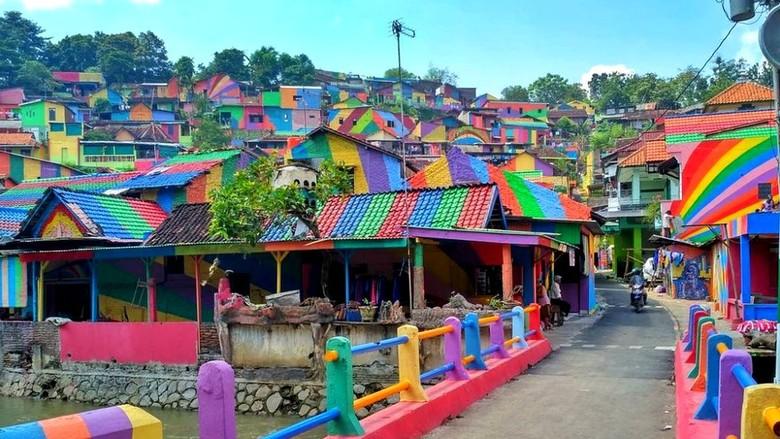 Kampung Pelangi Semarang yang Menarik Perhatian Dunia