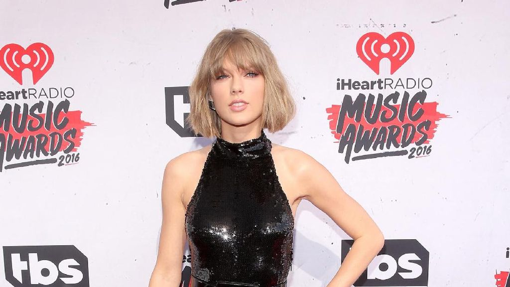 Hapus Semua Unggahan di Media Sosial, Taylor Swift Siap Rilis Album Baru?