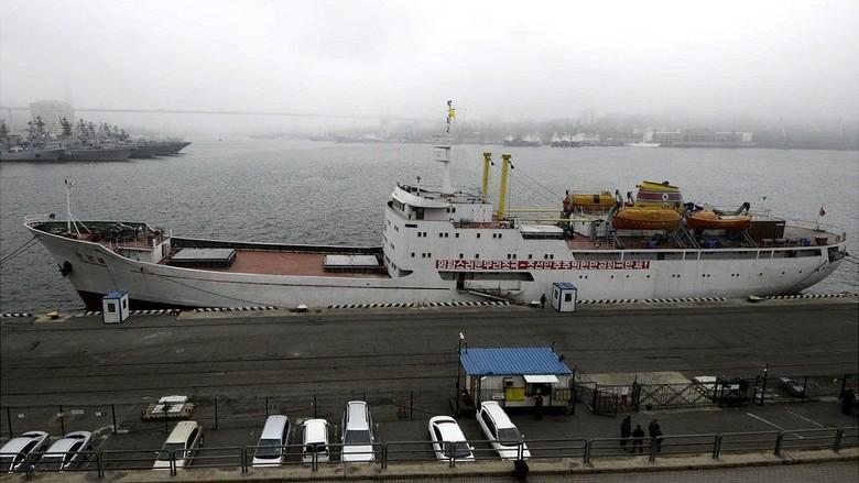 Pertama Kalinya, Feri Korea Utara Merapat di Rusia