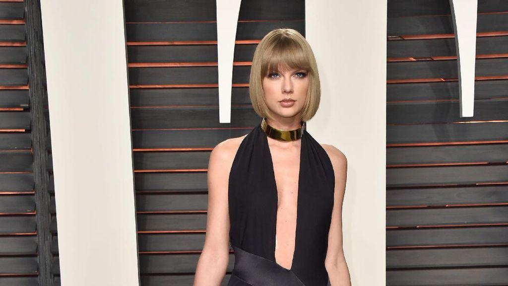 Lama Tak Muncul di Publik, Taylor Swift Tampil Cantik Jadi Bridesmaid