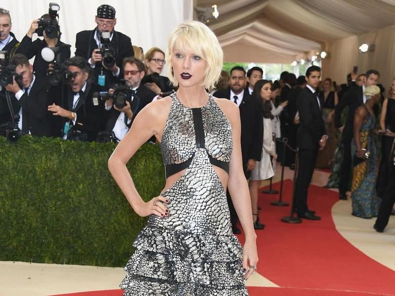 Taylor Swift Hapus Unggahan di Media Sosial karena Baikan dengan Katy Perry?