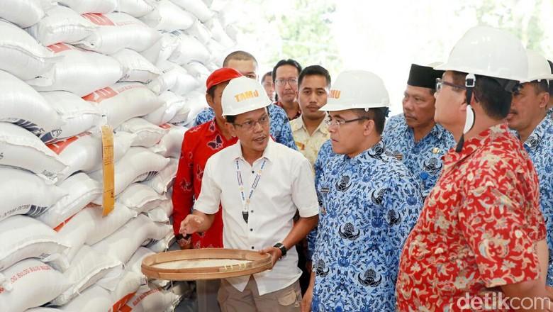 Jaga Stok Nasional, Banyuwangi Pasok Beras ke Bali, NTT, Madura