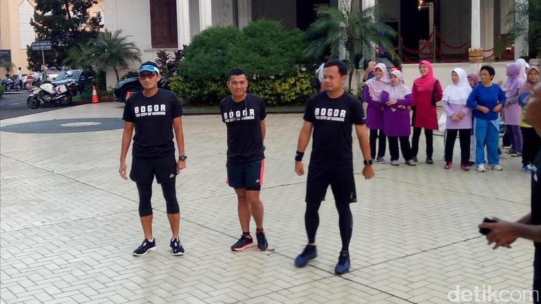 Sandiaga Uno dan Bima Arya Lari Pagi Bareng di Bogor