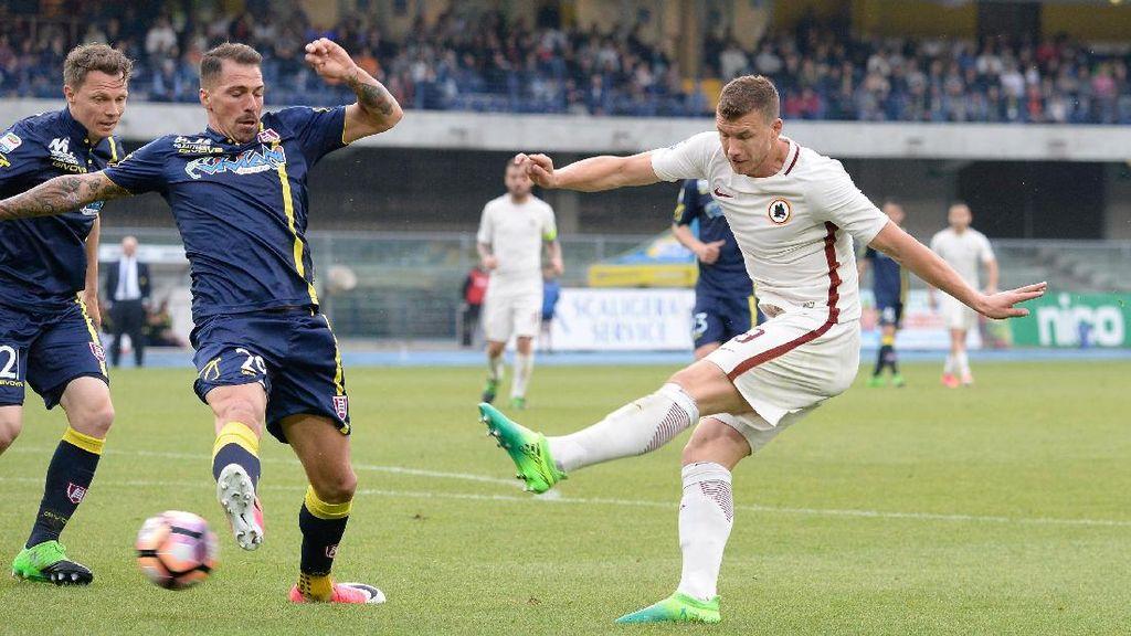 Menangi Drama 8 Gol Lawan Chievo, Roma Dekati Juventus