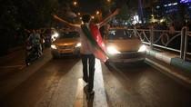 Pendukung Presiden Iran Terpilih Tumpah ke Jalan