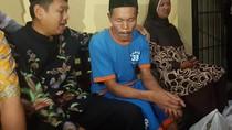 Dedi Mulyadi Temui Didin Si Pencari Cacing di Mapolres Cianjur