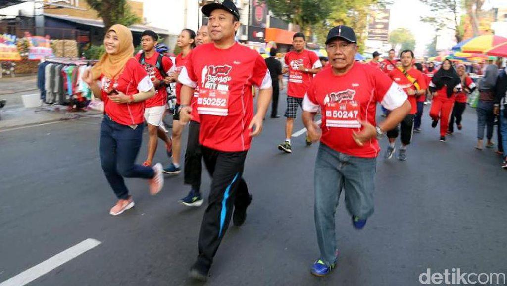Rayakan Harkitnas, Ribuan Masyarakat Purwokerto Ikuti Lari Bareng
