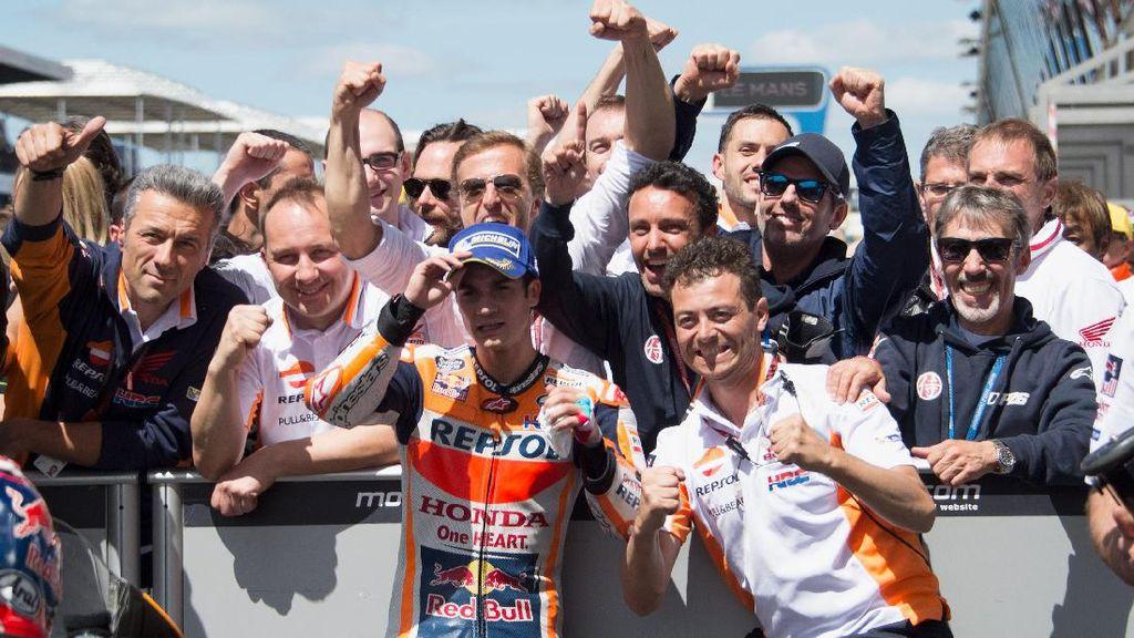 Pedrosa: Terima Kasih untuk Hadiahnya, Rossi